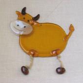 "Rankų darbo ""Karvė"" 13 cm x 12 cm"